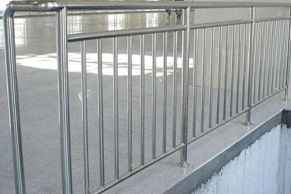 医用不锈钢护栏的选购小技巧,不可错过!