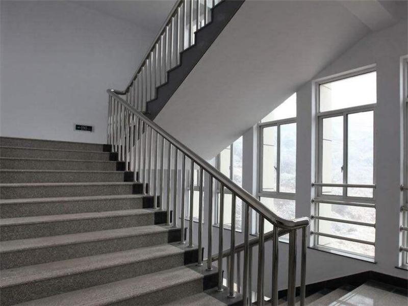 医院楼梯不锈钢护栏